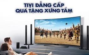 Đánh giá TV UHD màn hình cong đầu tiên thế giới