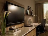 Những điều cần lưu ý khi làm sạch màn hình tivi?