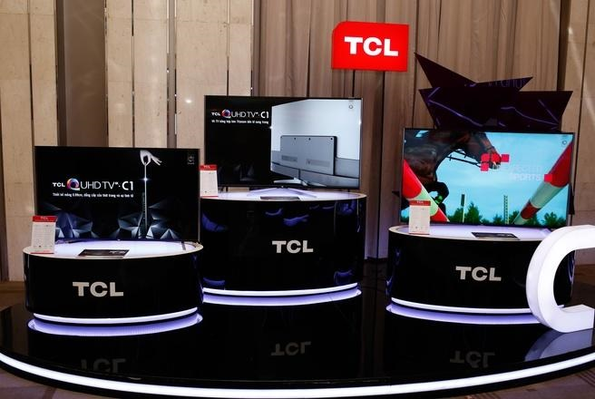TCL ra mắt Tivi 4K mỏng ngang với Iphone 6S