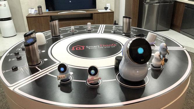 lg-hub-robot-1489149557