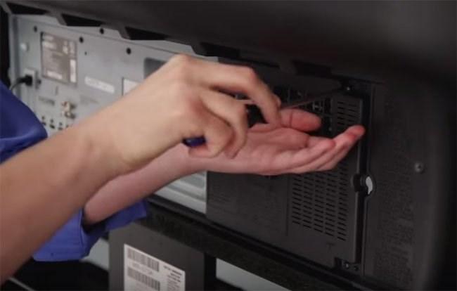 Lỗi tivi bị nháy màn hình liên tục - Cách sửa chữa và khắc phục